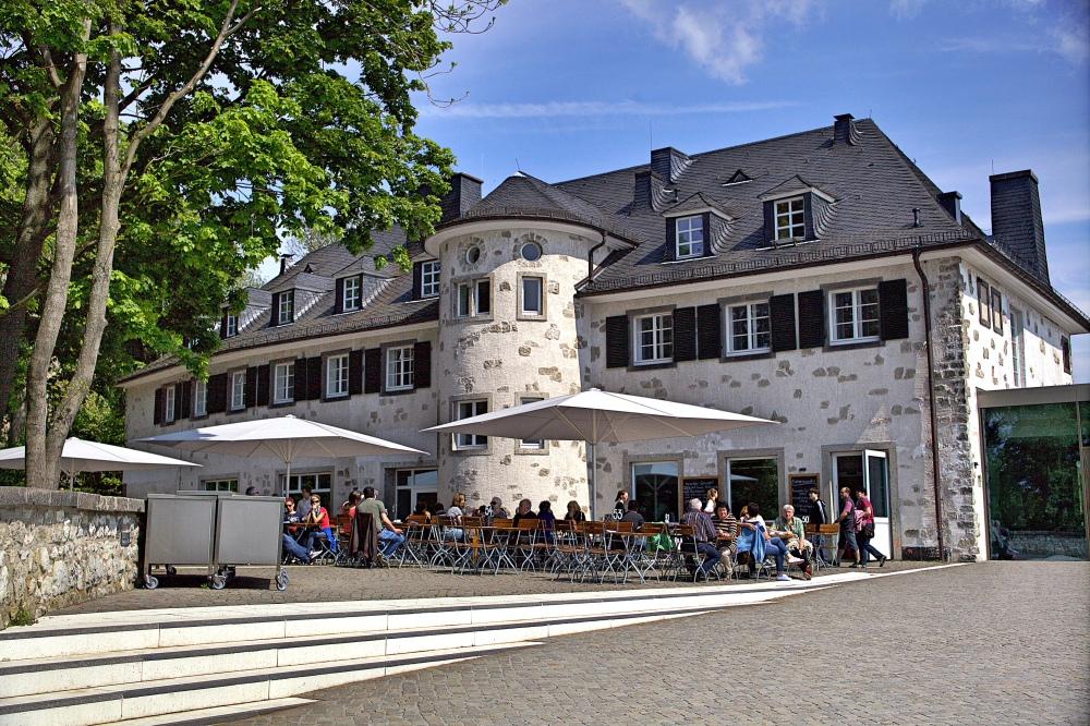 noch einmal ..das alte Haus am Drachenfels