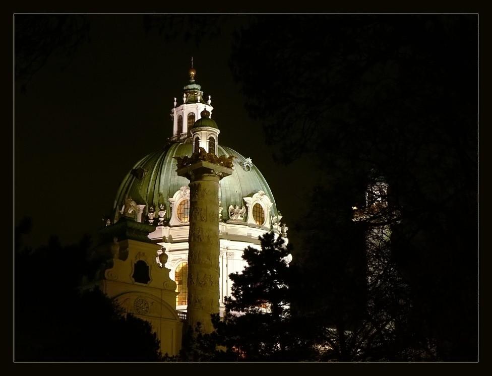 Noch einmal die Karlskirche ...