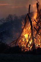 Noch mehr Osterfeuer in Blankenese