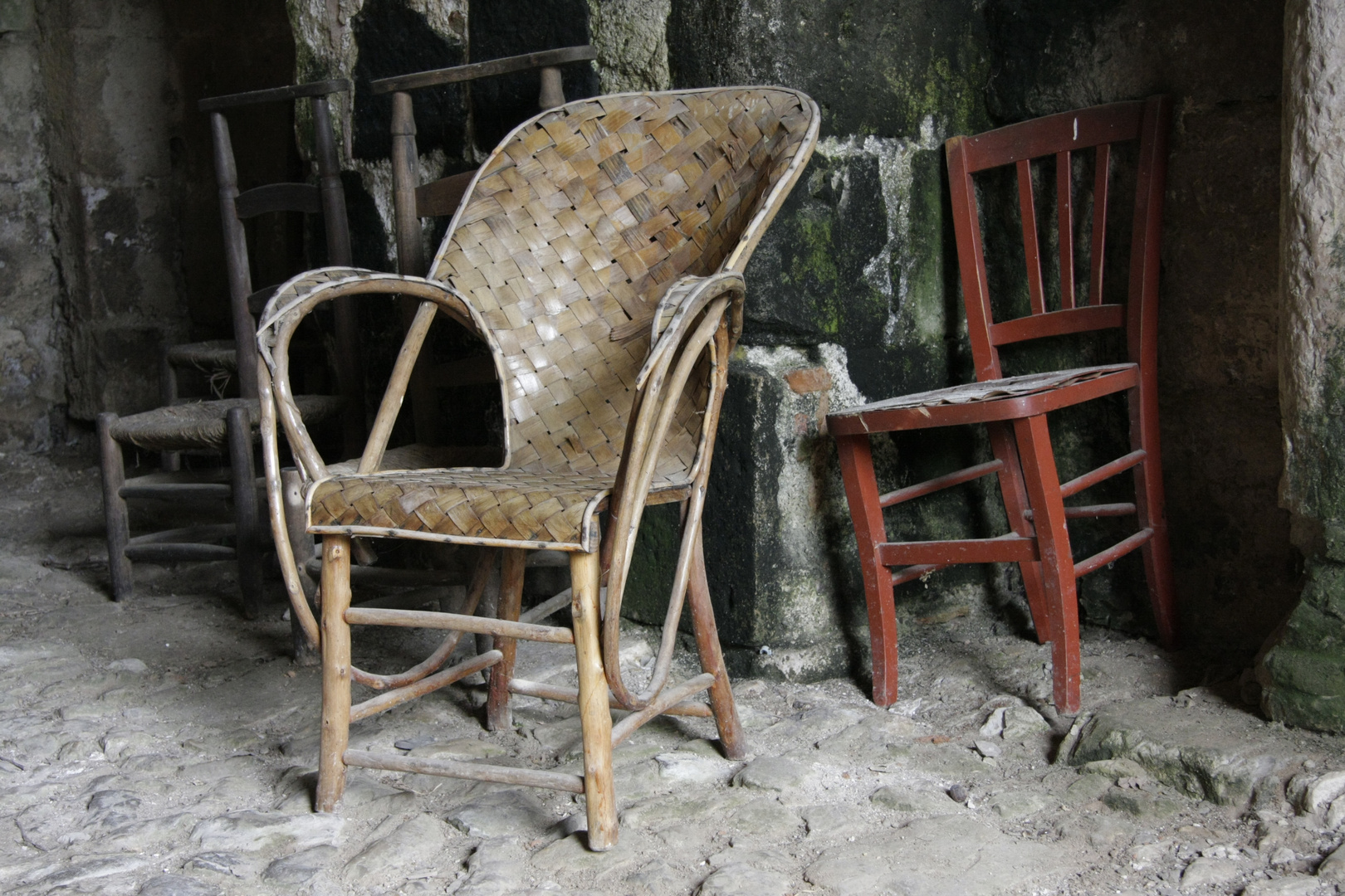 ... noch mehr Stühle ...