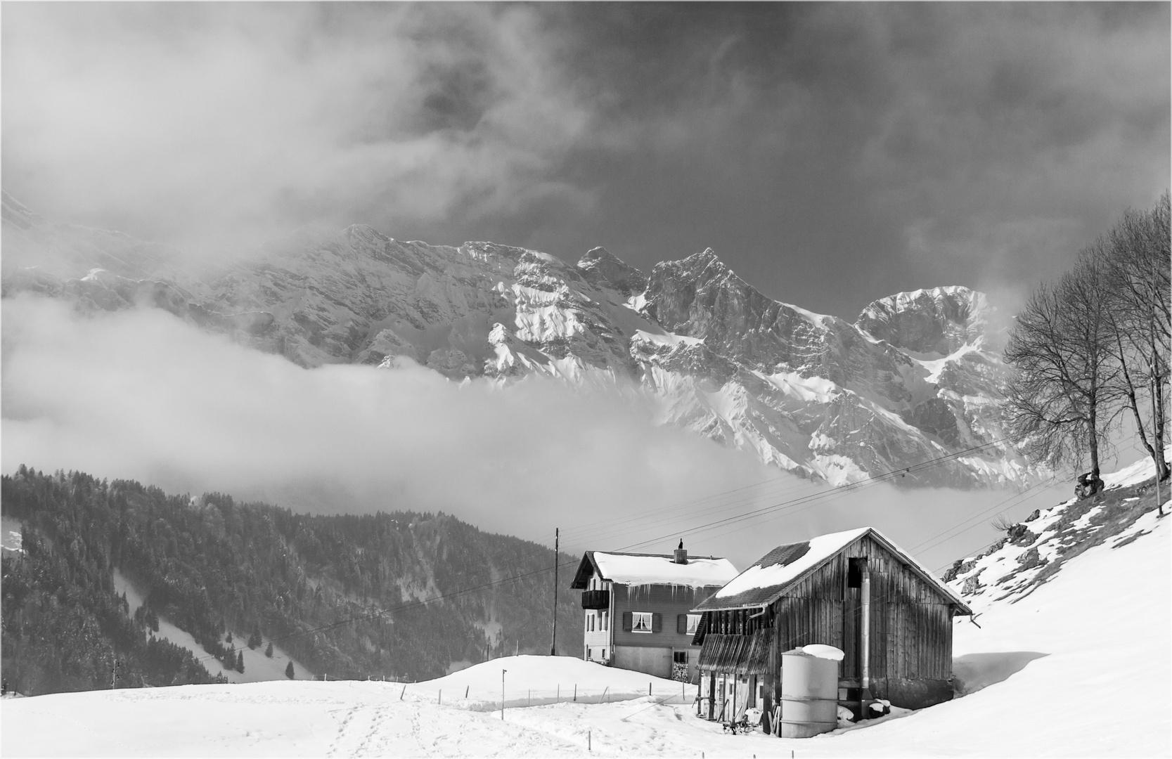 Noch winterlich in Engelberg / OW