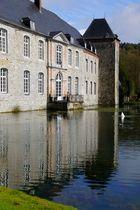 Nochmal Schloss Annevoie,diesmal mit Badegästen davor