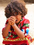 Nomadenmädchen in der eritreischen Wüste
