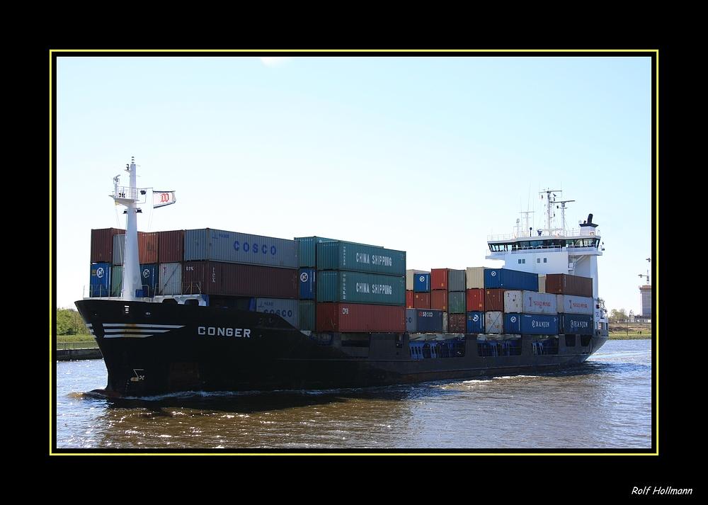 nord-ostsee-kanal: container auf dem weg nach Kiel / container en el camino para Kiel en Alemania