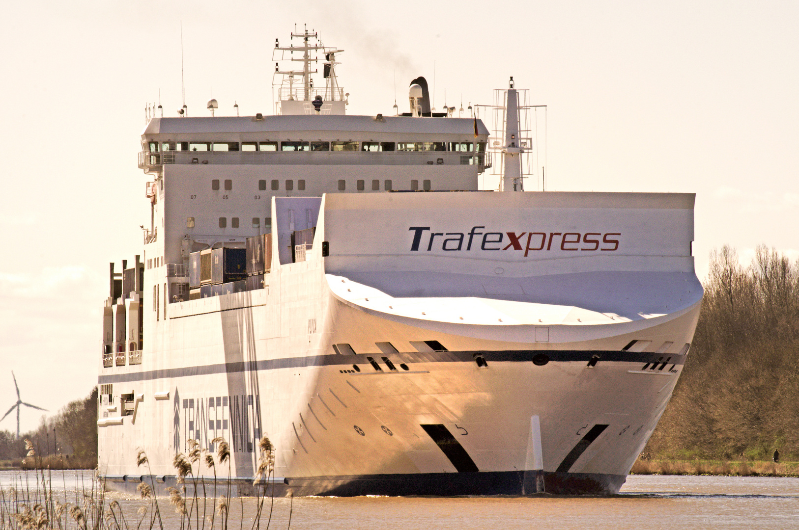 Nord-Ostsee- Kanal Ostern 2012 Trafexpress
