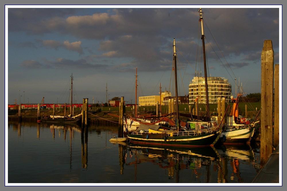 Norddeich in der Abendsonne...Holländer zu Besuch