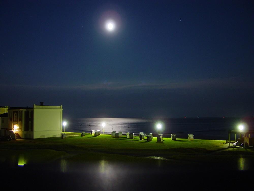 Norderney bei Nacht