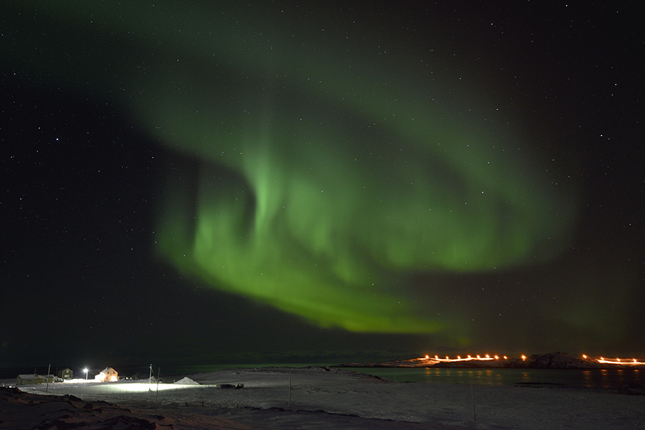 Nordlicht über Vardø (Norwegen)