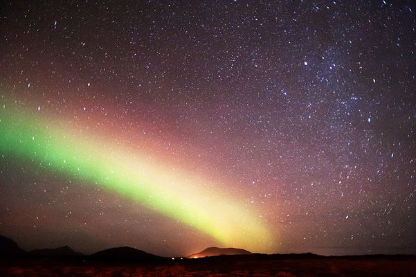 Nordlicht und Sterne