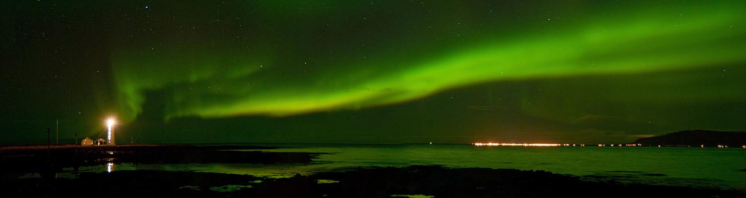 Nordlichtpano in Seltjarnarnes