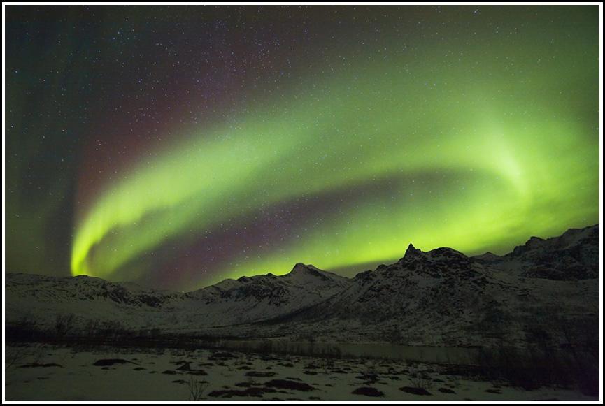 Nordlichtring über Djevelstind