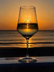 Nordsee, Sonnenuntergang und einen guten Wein - Dienstag ist Spiegeltag