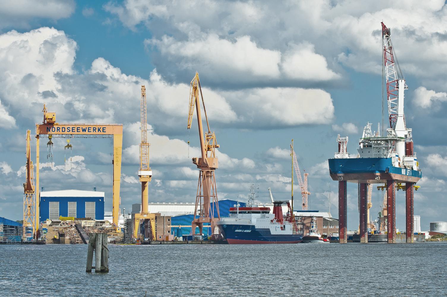 """Nordseewerke in Emden und die """"WIND-LIFT"""""""