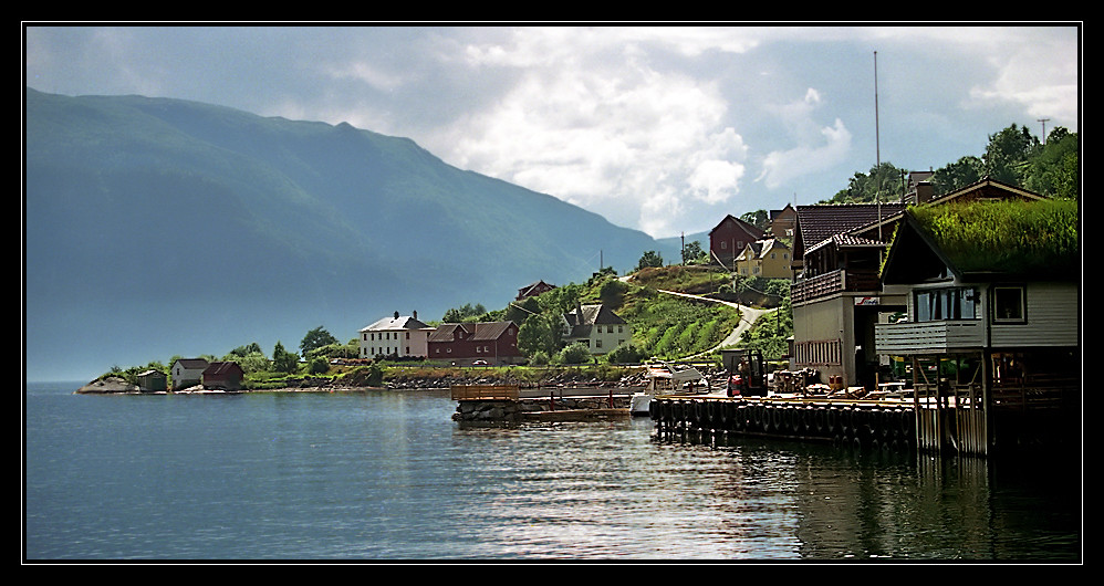Norwegen: Sognefjord bei Leikanger