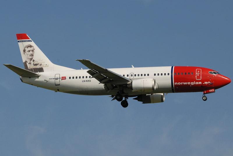 Norwegian Air Shuttle / Boeing 737-33A / LN-KKS