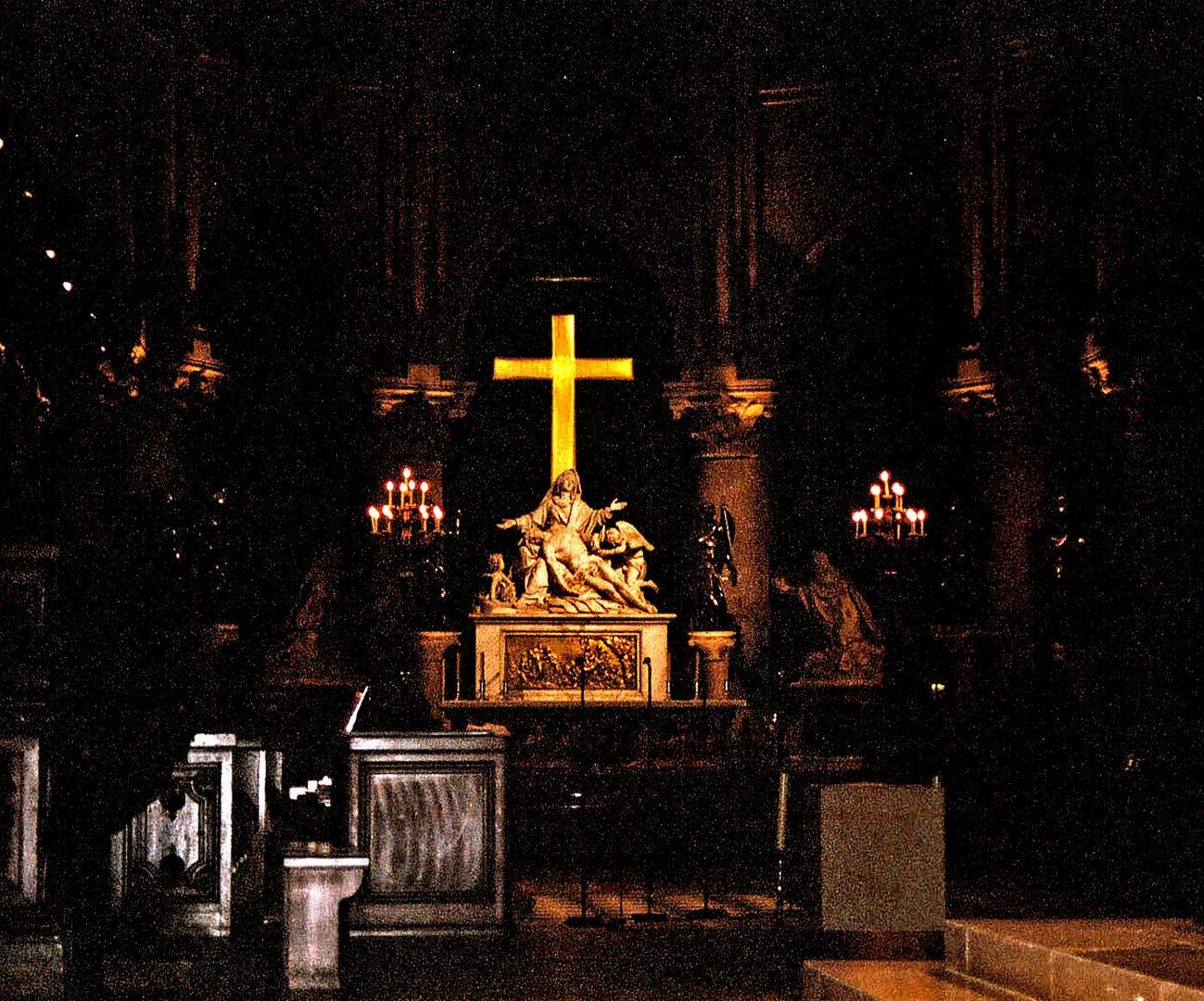 Notre-Dame de Paris Altar
