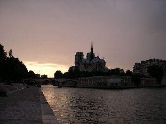 Notre Dame de PARIS Ile de la cité
