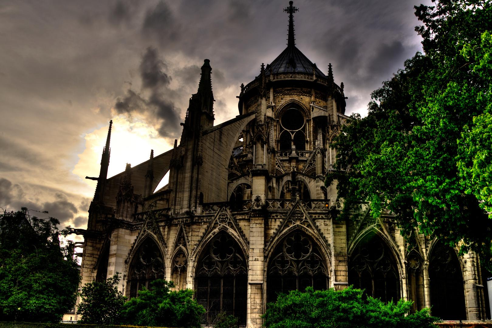 Notre Dame Rückseite