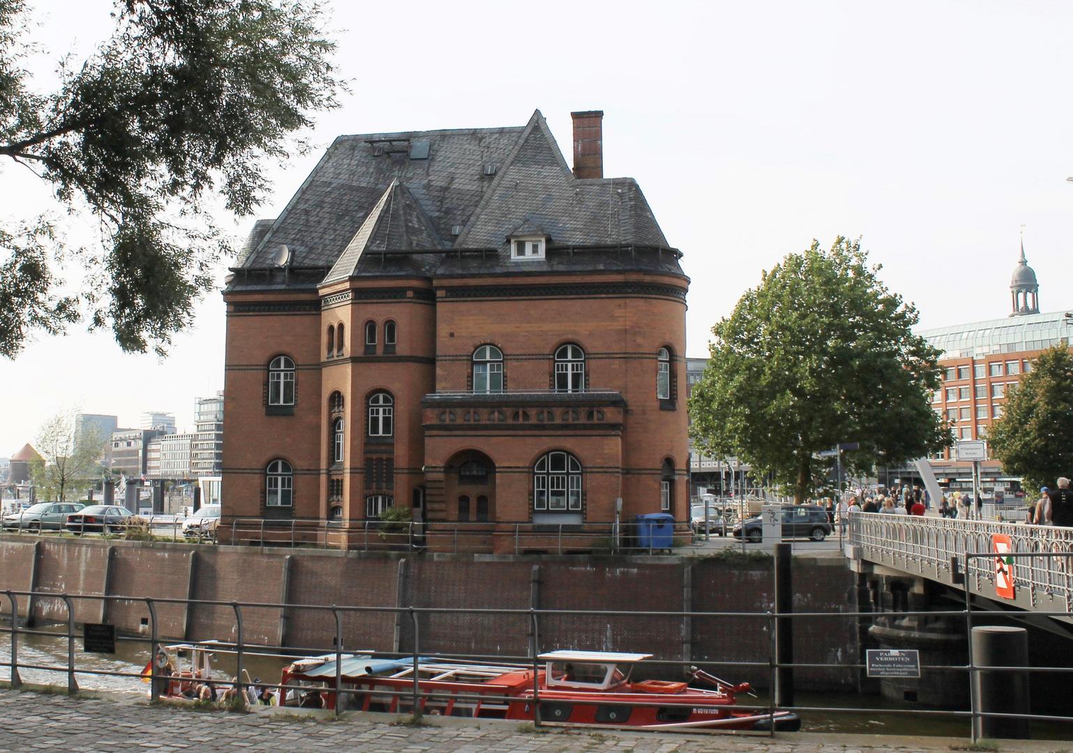 """Notruf Hafenkante"""