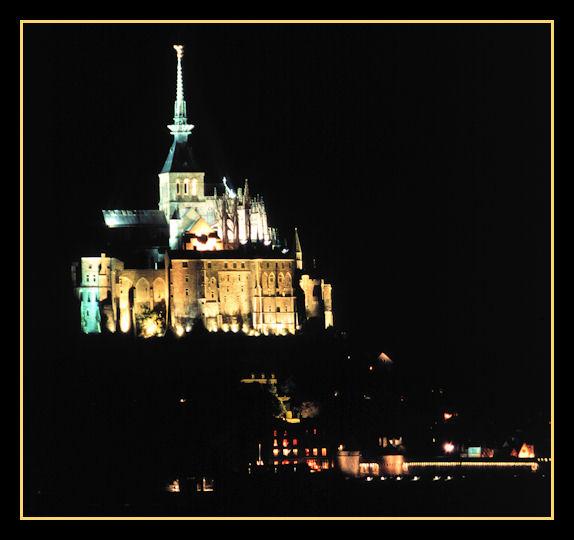Notturno - Mont Saint Michel -