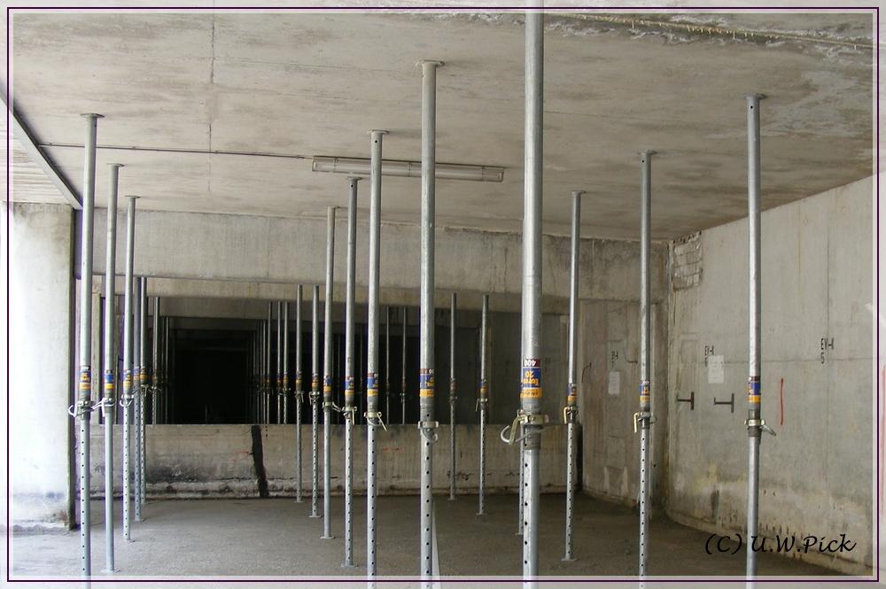 betondecke notuntersta 1 4 tzung einer wahrend der betoninstandsetzungsarbeiten verputzen video