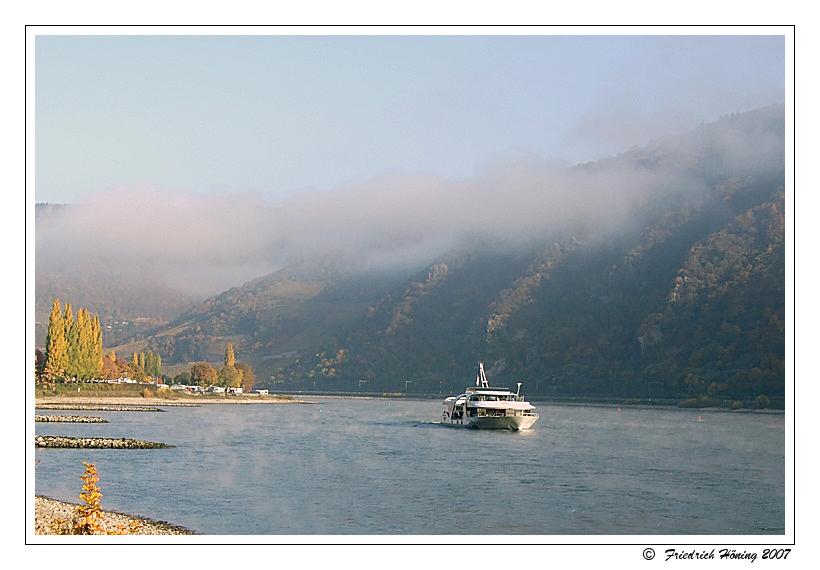Novembermorgen am Rhein