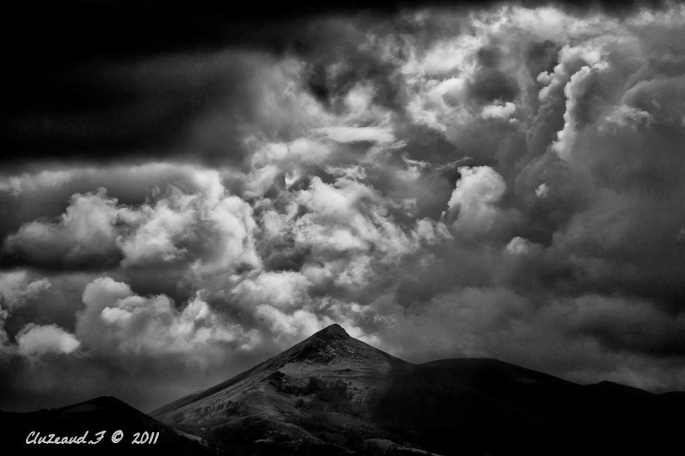 Nuages sur les Pyrénées