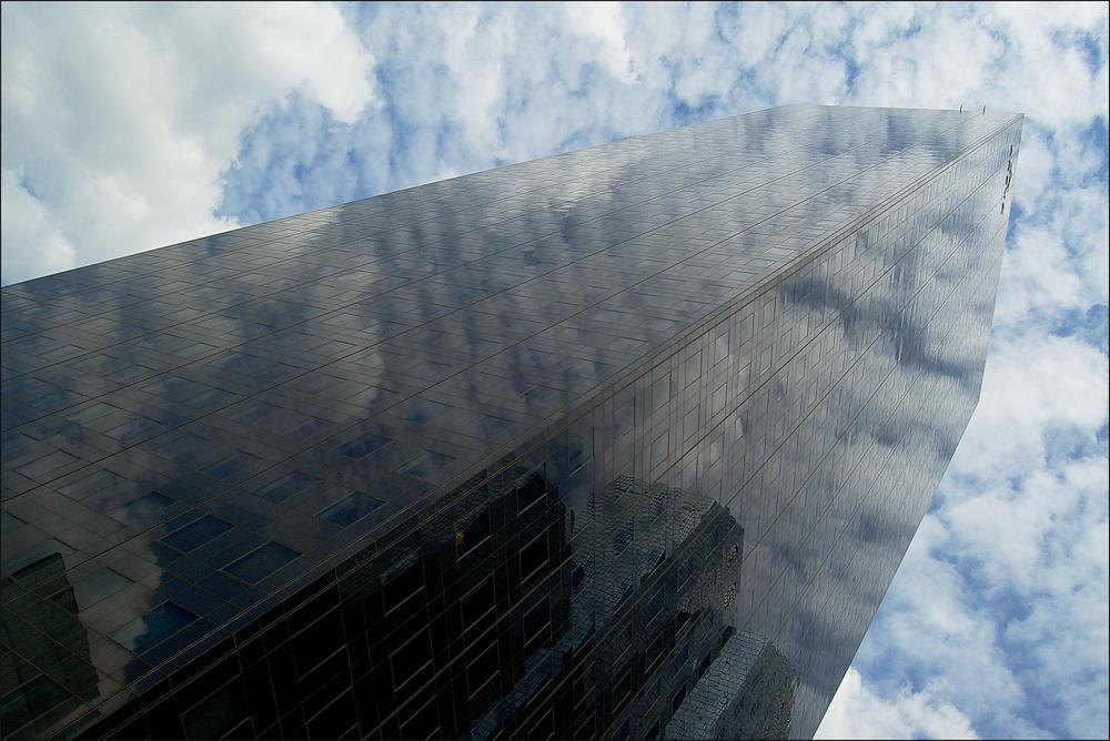...nuageux...
