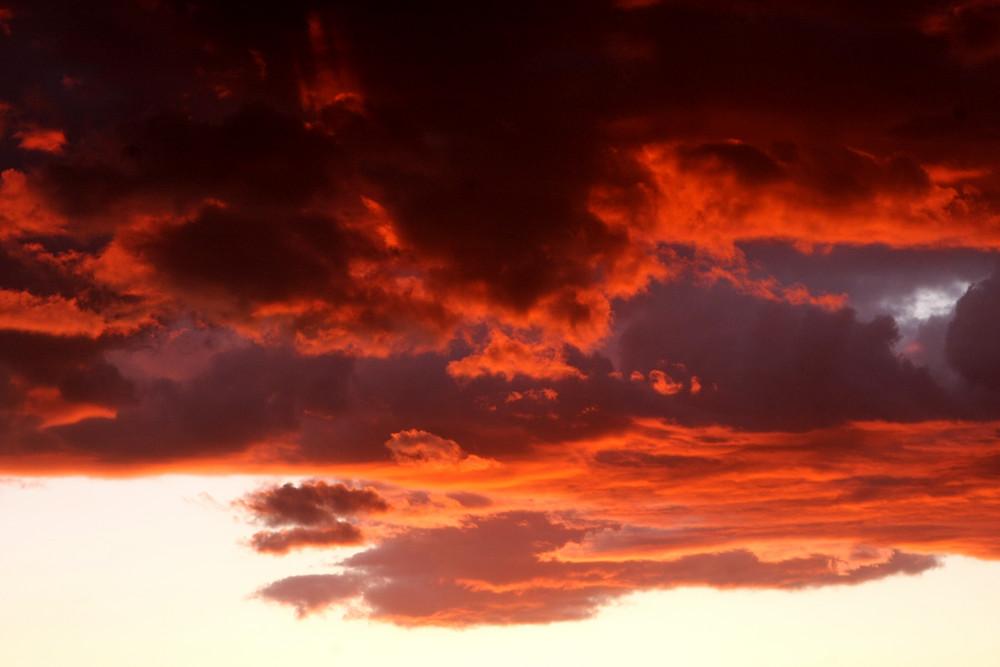 Nubes de infierno