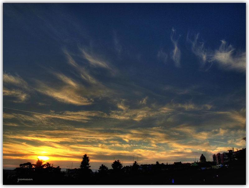 Nubes deshilachadas (HDR)