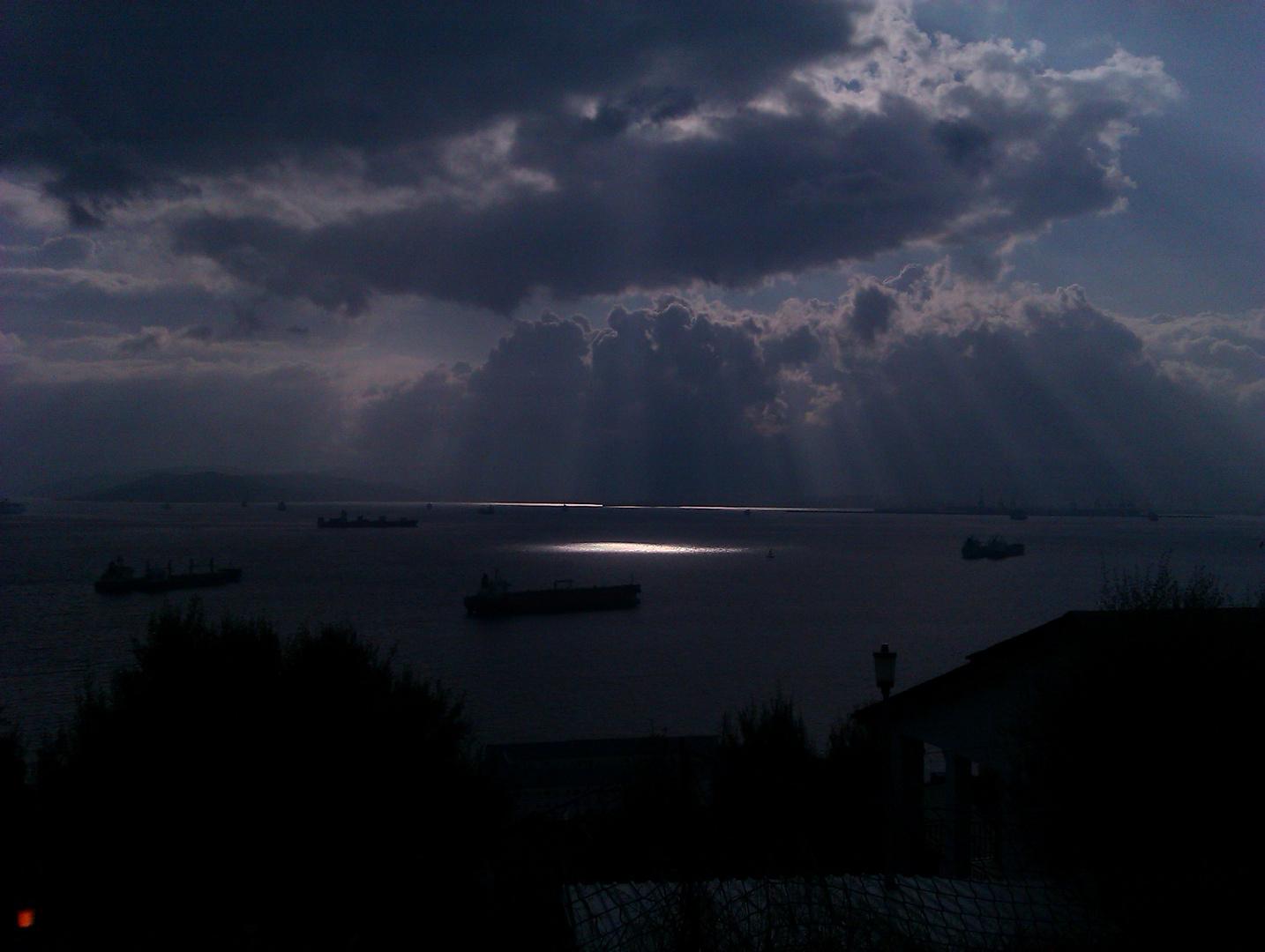 nubes y claros en La Línea de la Concepción, Cádiz