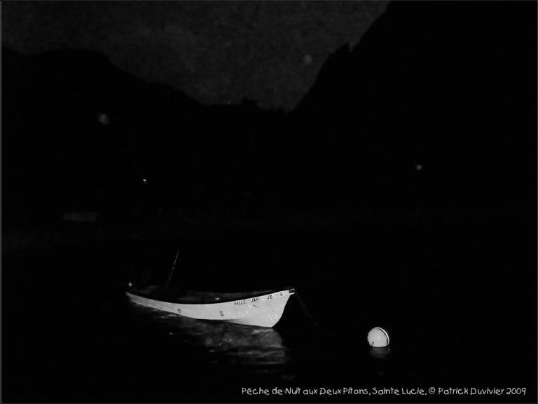 nuit noire aux deux pitons