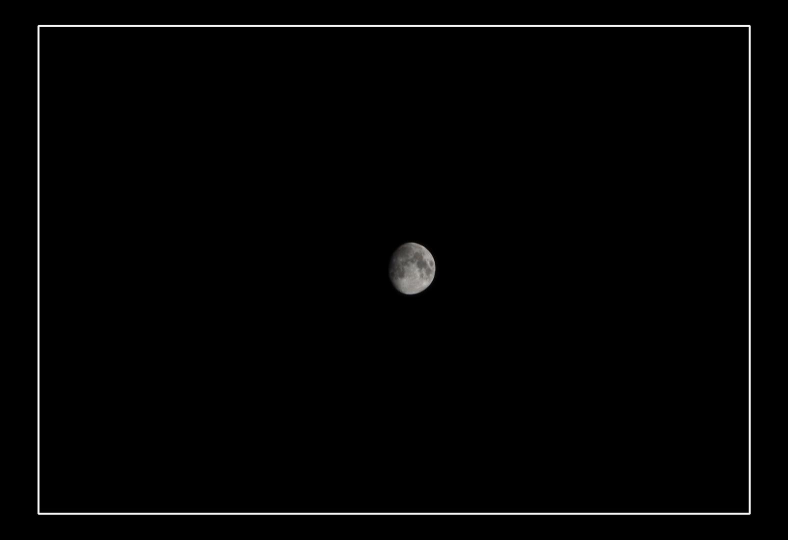 Nur der Mann im Mond schaut zu...
