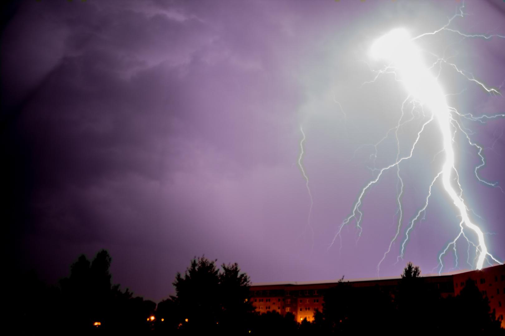Nur ein Blitz