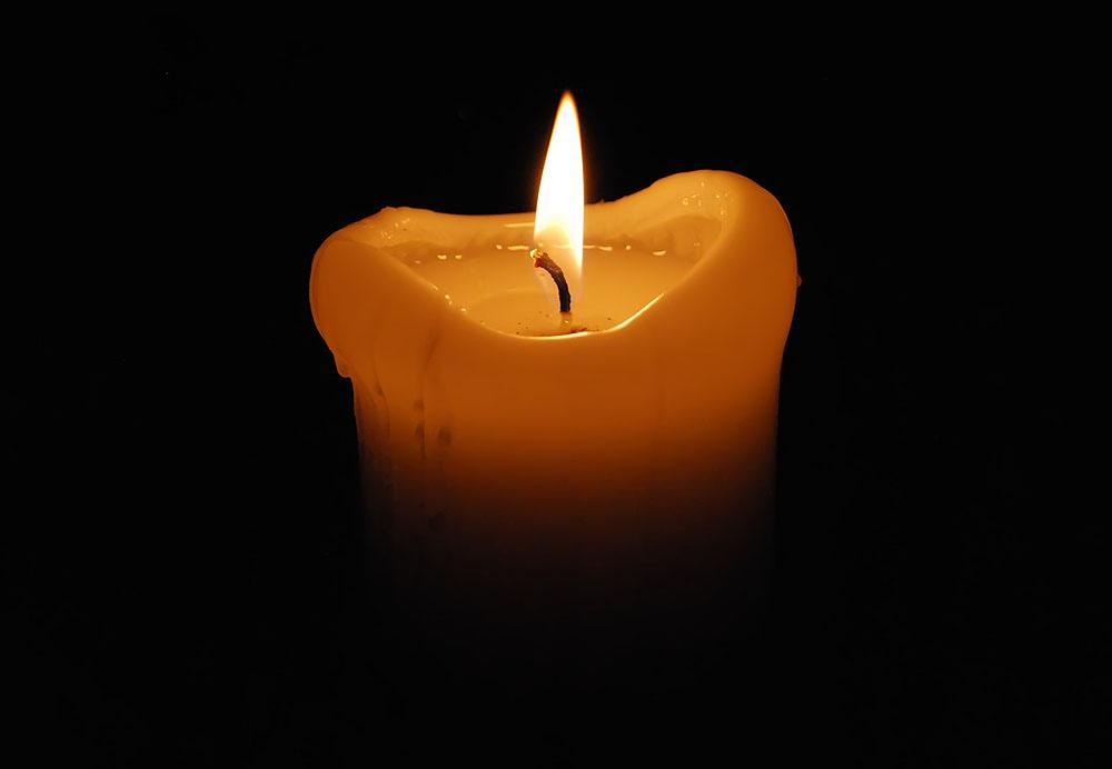 Nur eine Kerze