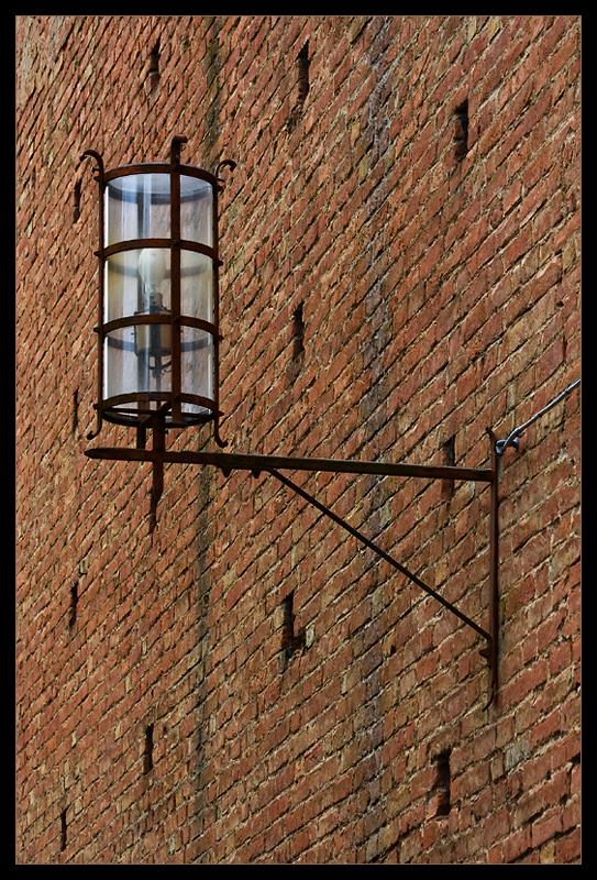 nur eine Lampe
