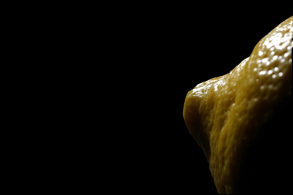 Nur eine Zitrone, sonst nichts!