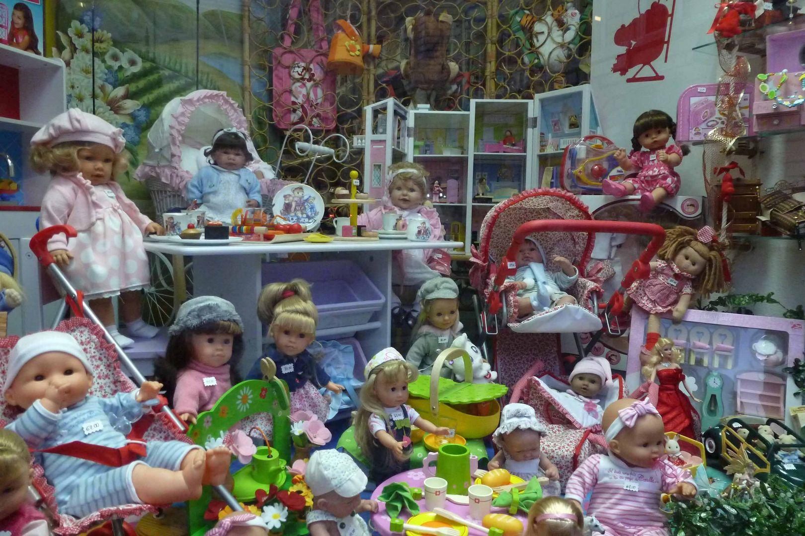 Nur Mädchen-Puppen ?