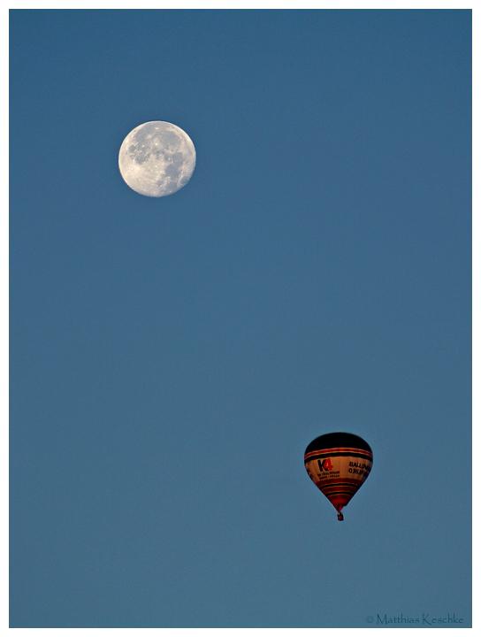 """... nur noch 380000Km... """"Fahrt zum Mond"""""""
