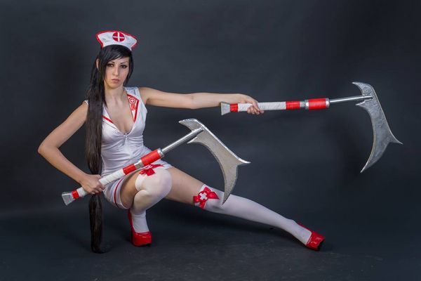 Nurse Akali Cosplay