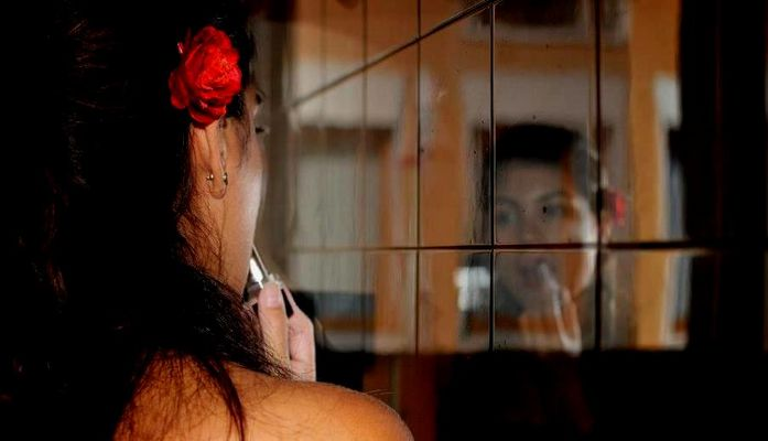 ...nuvole di sogno e parole mai dette...in uno specchio....