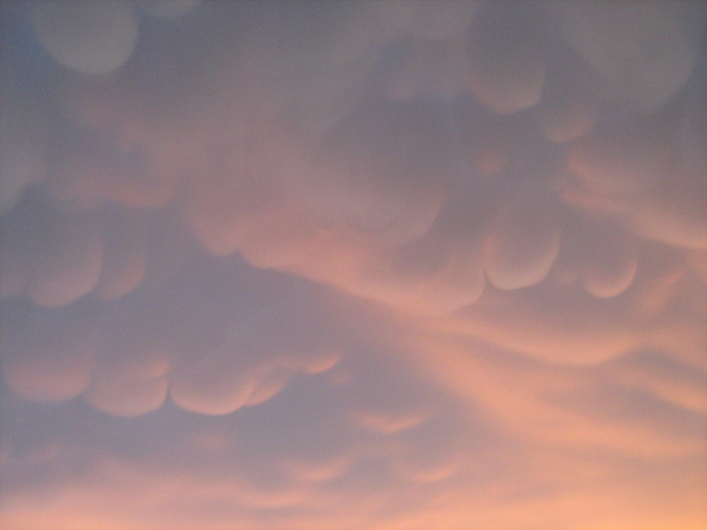nuvole in zucchero filato....