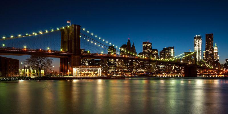 N.Y. [107] - Brooklyn Bridge zur Blauen Stunde