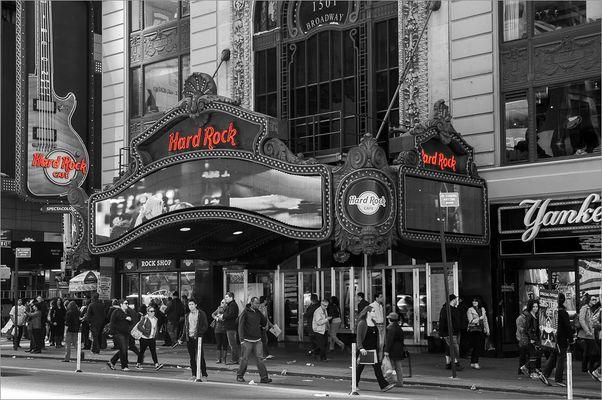 N.Y. [122] - Hard Rock Cafe