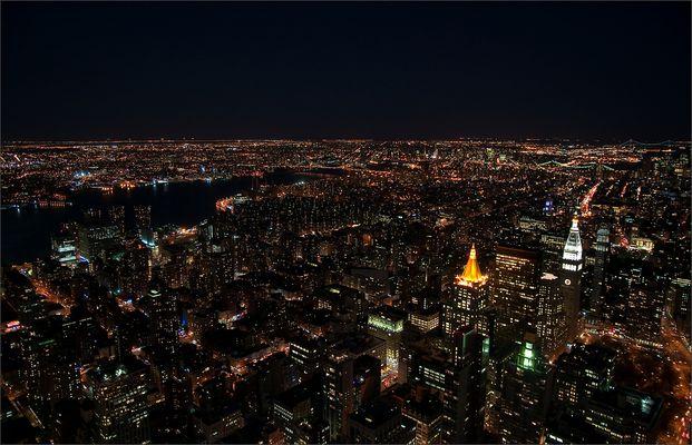 N.Y. [85] - Lichtermeer VI