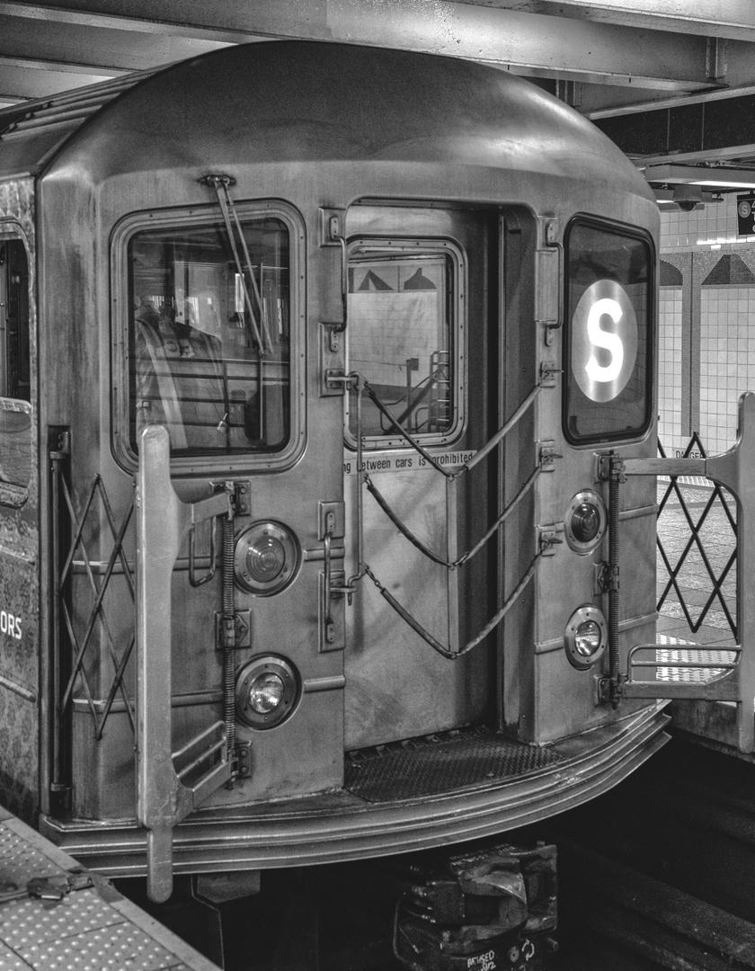 NYC B & W 176