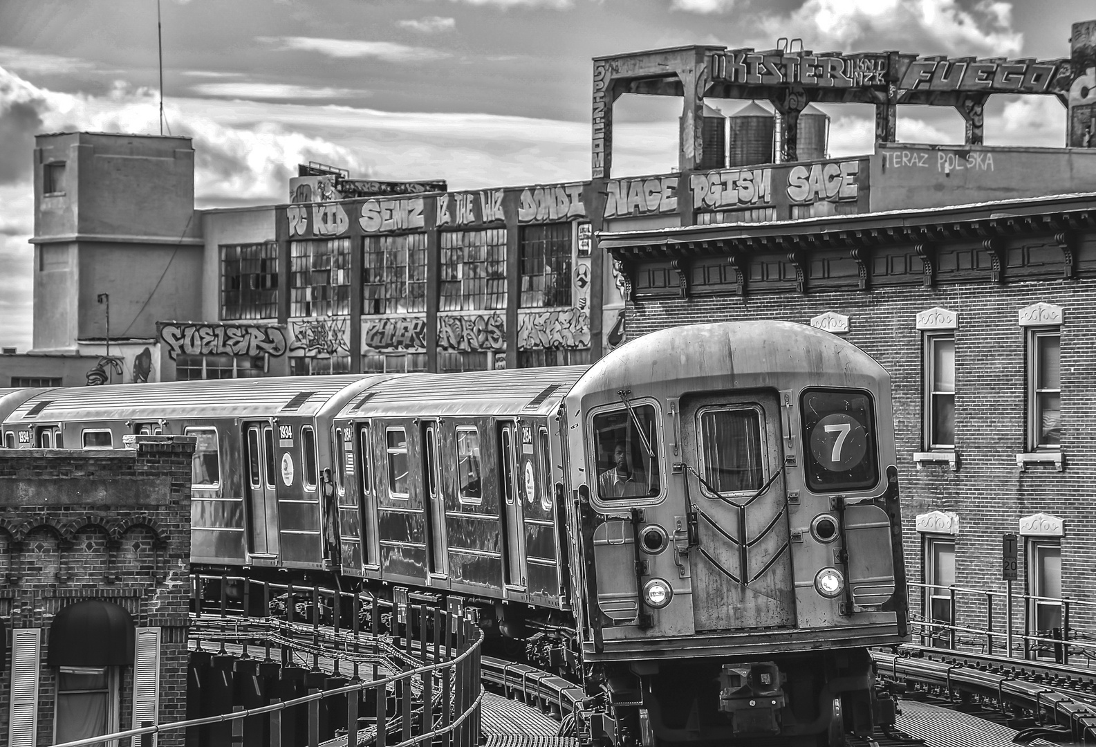 NYC B & W 177