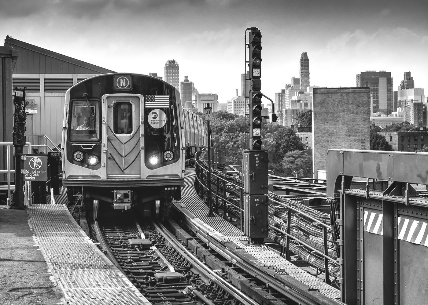 NYC B & W 187