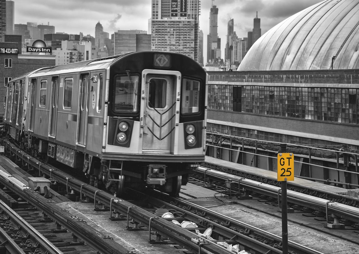 NYC B & W 316