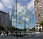 """"""" NYC = Big Apple """""""